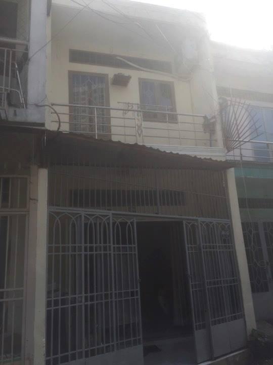 Bán nhà nguyên căn Quận Tân Phú