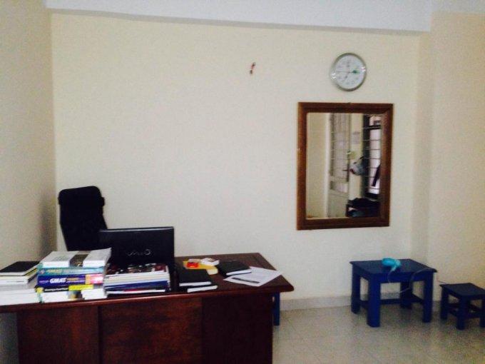 Cần người ở ghép căn hộ chung cư Tôn Thất Thuyết Q4