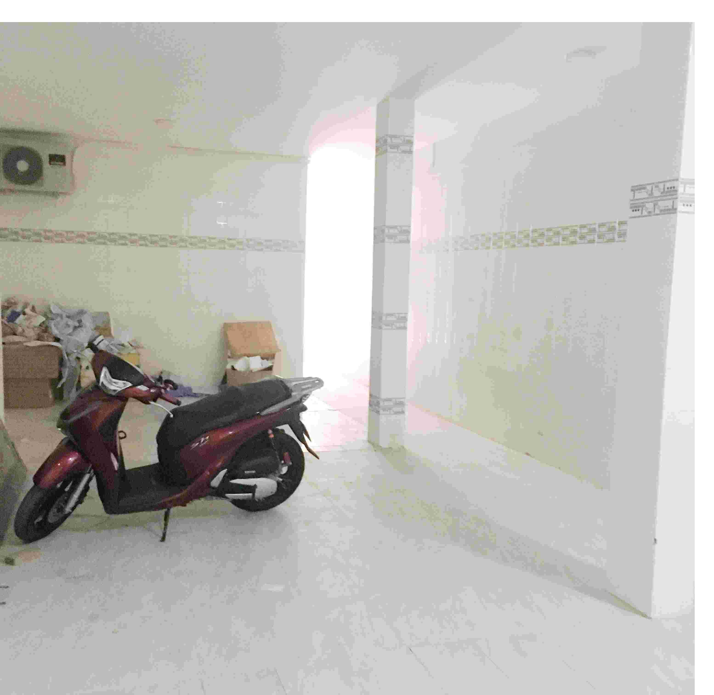 Phòng trọ mới xây máy lạnh gác lửng đường Trường Chinh