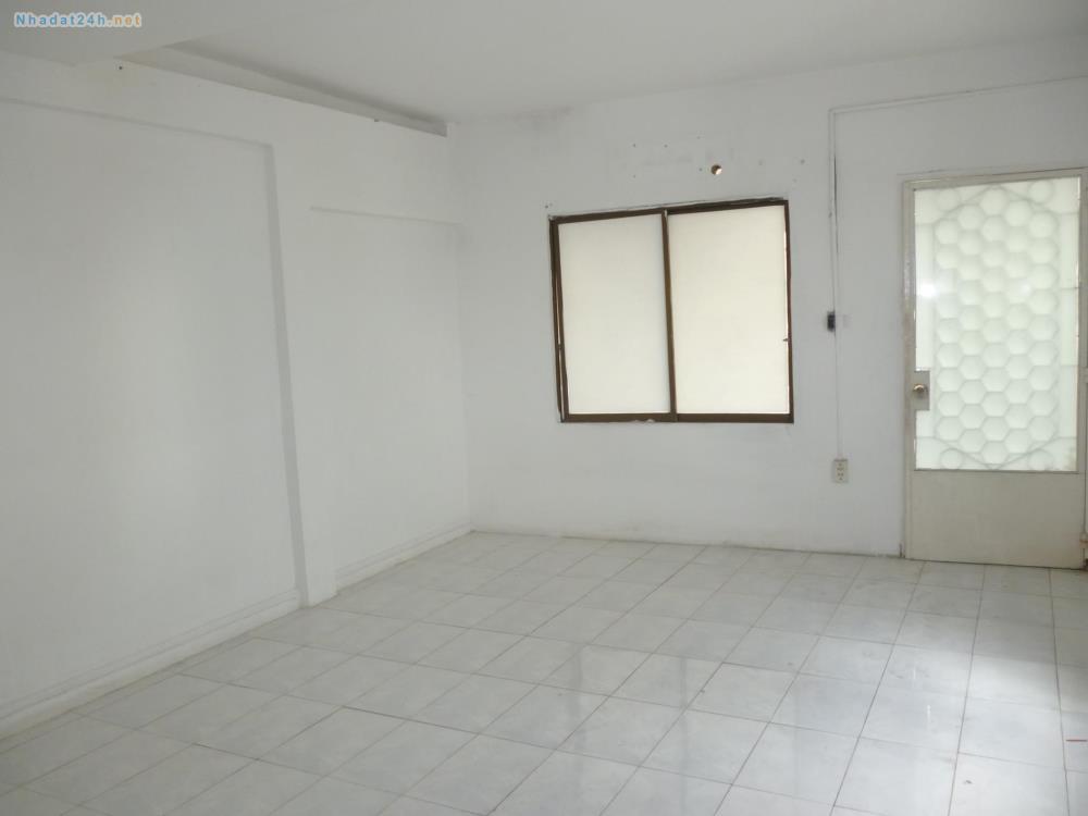 Phòng cho thuê, đường Hòa Hưng phường 13 quận 10 :)